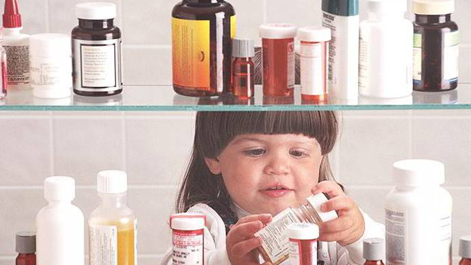 Adults to Blame for Many Child Drug Poisonings, CDC Warns