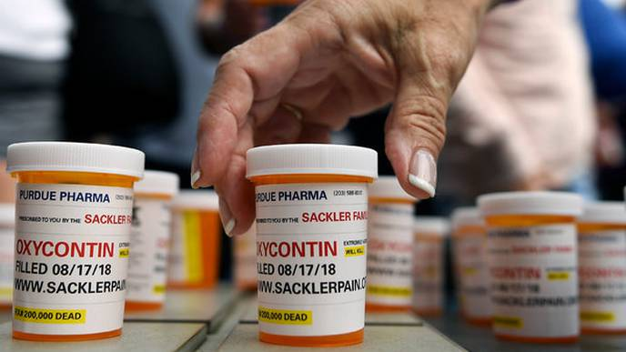 Opioid-Related Gifts from Pharma Companies Linked to Physician Prescriptions