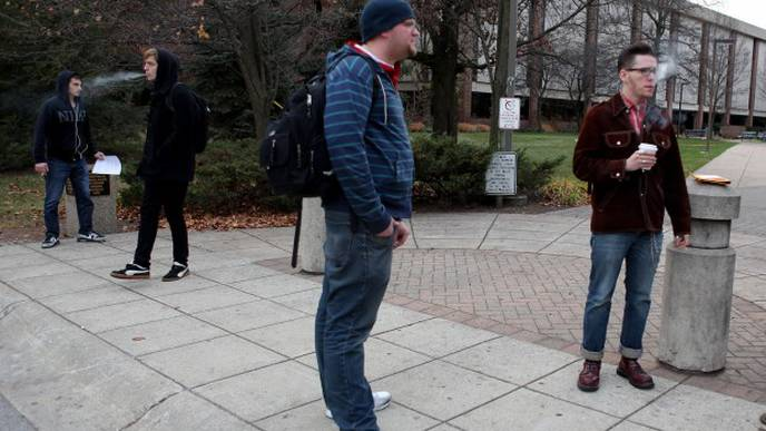 Only 1 in 6 U.S. Universities Are Smoke-Free