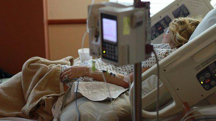 Machine That Oxygenates Blood May Help Critically Ill COVID-19 Patients, According to WVU Study