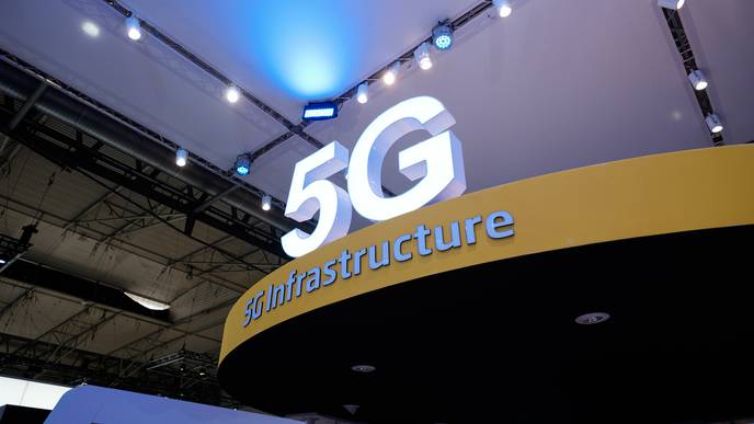 Is 5G Bad for Your Health? It's Complicated, Say Researchers