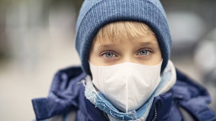 Air Pollution Is Linked to Anxiety & Suicidal Thoughts in Children, Study Finds