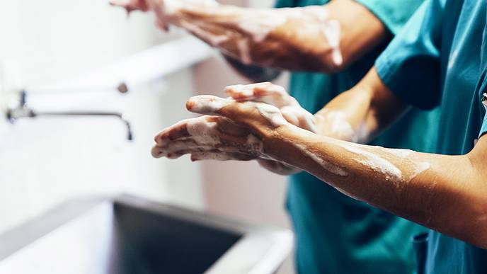 Diarrhea-Causing Bacteria Adapted to Spread in Hospitals