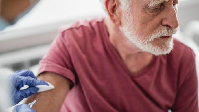 Study: Flu, Pneumonia Vaccines Save Lives of Heart Failure Patients
