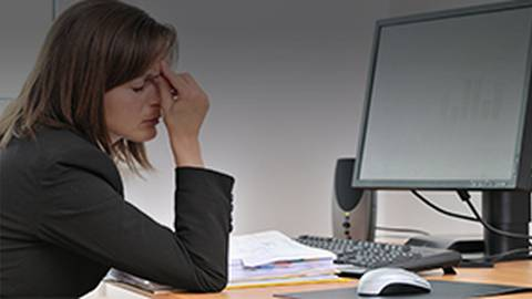 Digital Eye Strain: What Are the Long Term Health Implications?
