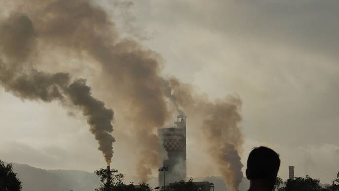 Ambient Air Pollution Linked to Lower Bone Mineral Content