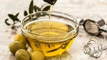 Study: How Olive Oil and Sleep Could Stave Off Heart Attacks and Strokes