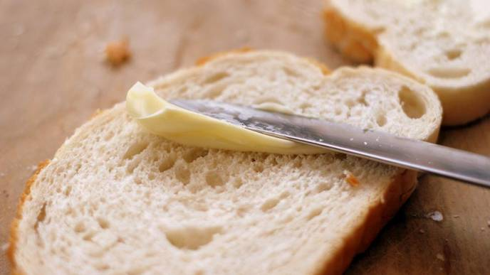 Despite Cutback, Americans Still Eat Too Many 'Bad' Carbs