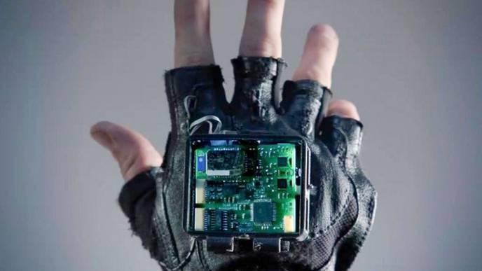 Researchers Building Glove to Treat Symptoms of Stroke