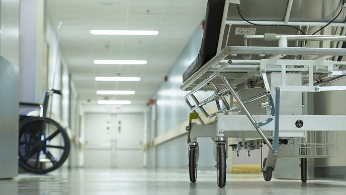 Op-Ed: Emergency Rooms Shouldn't Be Parking Lots for Patients