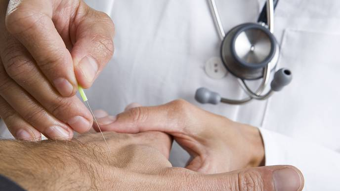 Acupuncture Reduces Radiation-Induced Dry Mouth for Cancer Patients